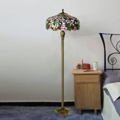 GARDEN - Tiffany Floor Lamps at display